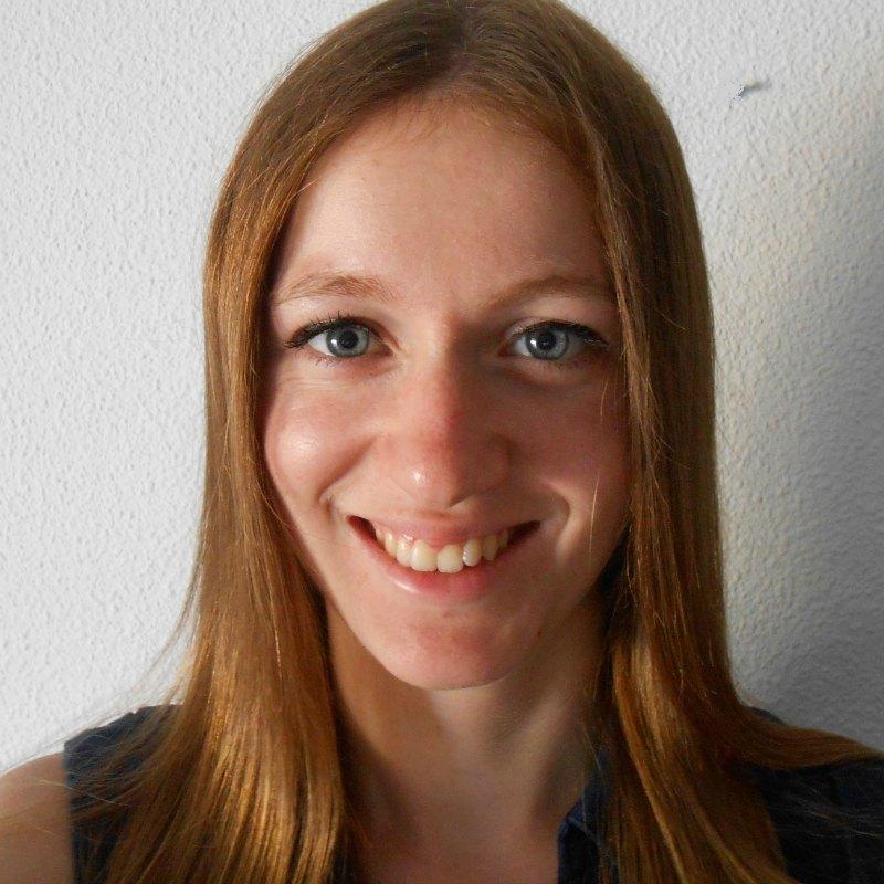 Céline French tutor by Skype